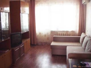 Продажа квартир: 2-комнатная квартира, Краснодар, ул. им Дзержинского, 131, фото 1