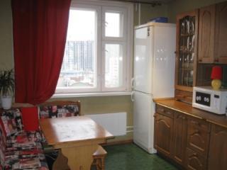 Продажа квартир: 2-комнатная квартира, Московская область, Лобня, ул. Чайковского, 18, фото 1
