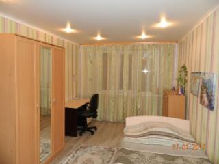 Продажа квартир: 3-комнатная квартира, Белгородская область, Строитель, Советская ул., 31, фото 1