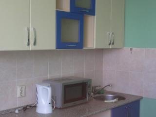 Продажа квартир: 3-комнатная квартира, Кемерово, ул. Сибиряков-Гвардейцев, 22, фото 1