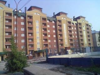 Продажа квартир: 1-комнатная квартира, Тюменская область, Тюмень, ул. Малышева, 24к1, фото 1