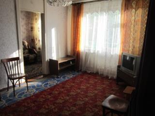 Продажа квартир: 2-комнатная квартира, Московская область, Серпухов, ул. Захаркина, 7, фото 1