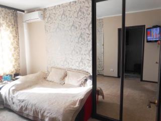 Продажа квартир: 1-комнатная квартира, Краснодар, ул. им Седина, 78, фото 1