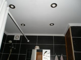 Продажа квартир: 1-комнатная квартира, Симферополь, пгт. Комсомольское, Светлая ул., 29, фото 1