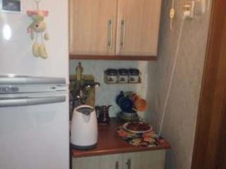 Продажа квартир: 1-комнатная квартира, республика Крым, Симферопольский р-н, с. Мирное, ул. Белова, 1, фото 1
