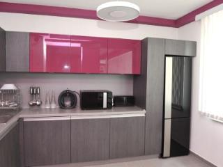 Продажа квартир: 1-комнатная квартира, Краснодарский край, Сочи, ул. Тургенева, 22, фото 1