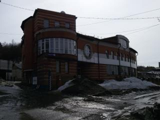 Снять 6 комнатную квартиру по адресу: Барнаул г ул Мамонтова 303