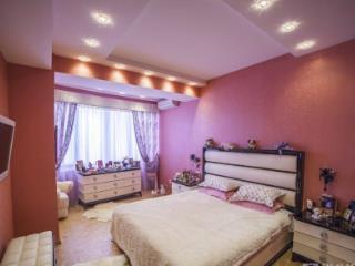 Продажа квартир: 3-комнатная квартира в новостройке, Краснодарский край, Сочи, ул. Воровского, 3, фото 1