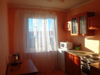 Снять 1 комнатную квартиру по адресу: Киров г ул Комсомольская 19