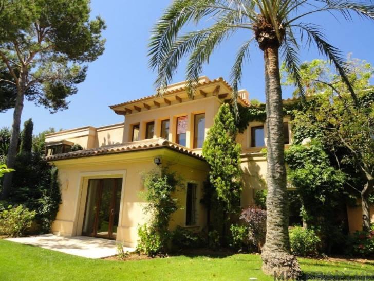Недвижимость за рубежом: купить или арендовать