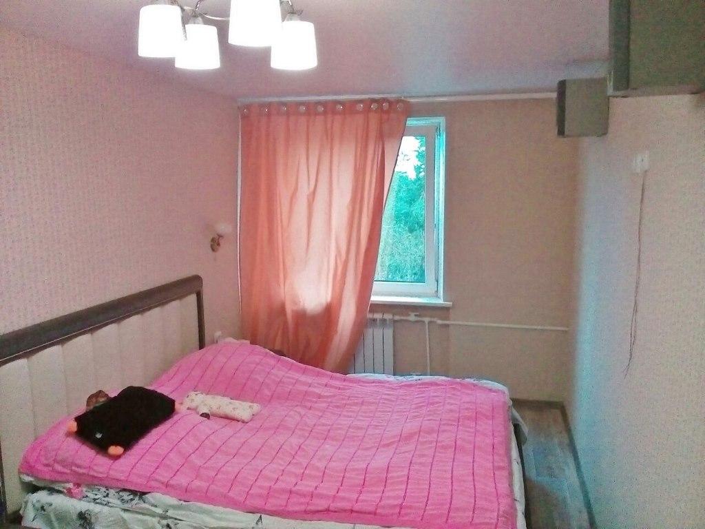 Продажа квартир: 3-комнатная квартира, Самарская область, Сызрань, ул. Комарова, 8, фото 1