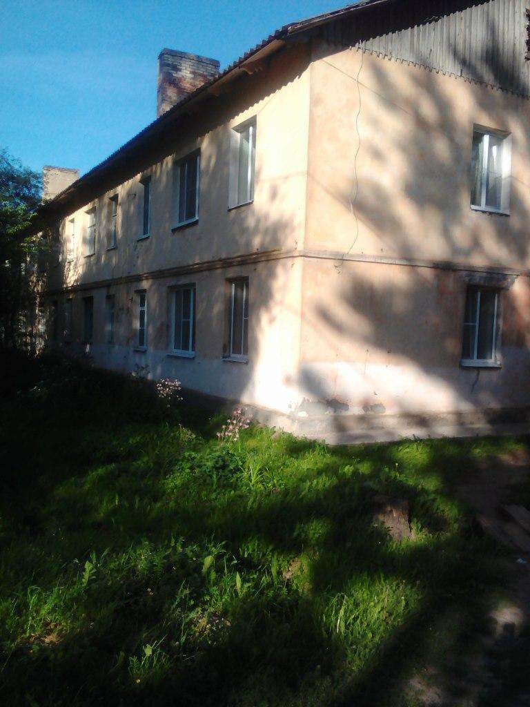 Продажа квартир: 1-комнатная квартира, Новгородская область, Старая Русса, пер. Пищевиков, фото 1