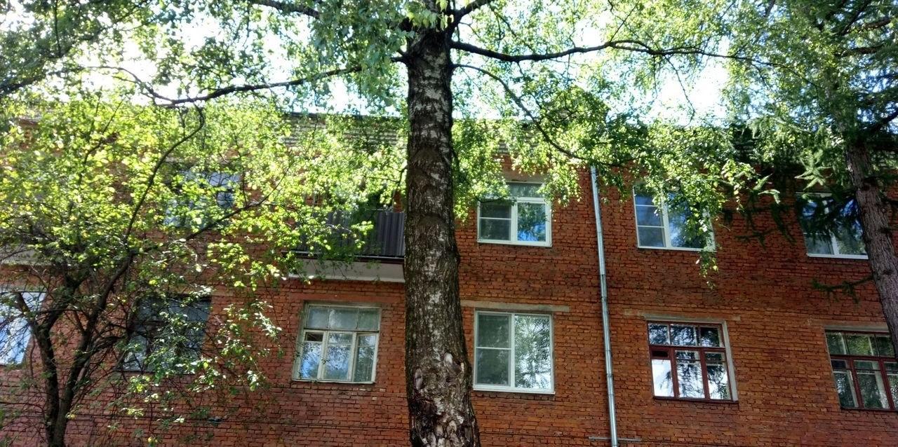 Продажа комнаты: 2-комнатная квартира, Московская область, Королев, ул. Мичурина, 15, фото 1