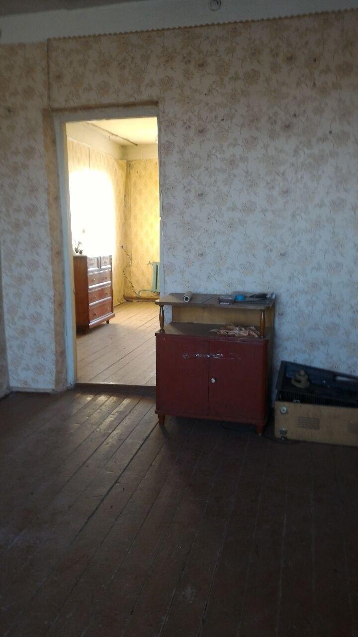 Продажа квартир: 2-комнатная квартира, Саратовская область, рп. Романовка, ул. Заводская 2-я, 30, фото 1