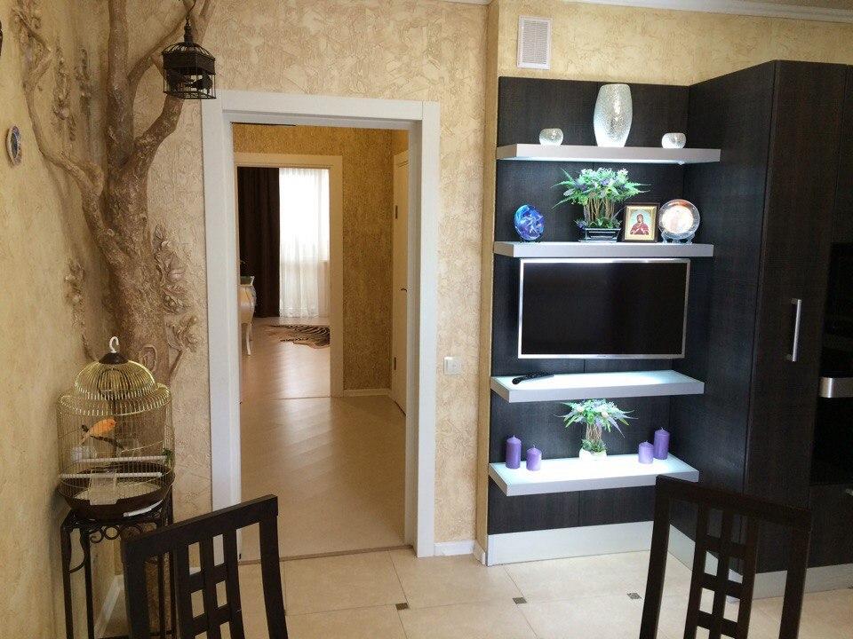 Продажа квартир: 3-комнатная квартира, Белгород, Славянская ул., 15, фото 1