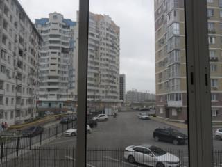 Продажа квартир: 1-комнатная квартира, Краснодарский край, Новороссийск, ул. Дзержинского, 223а, фото 1