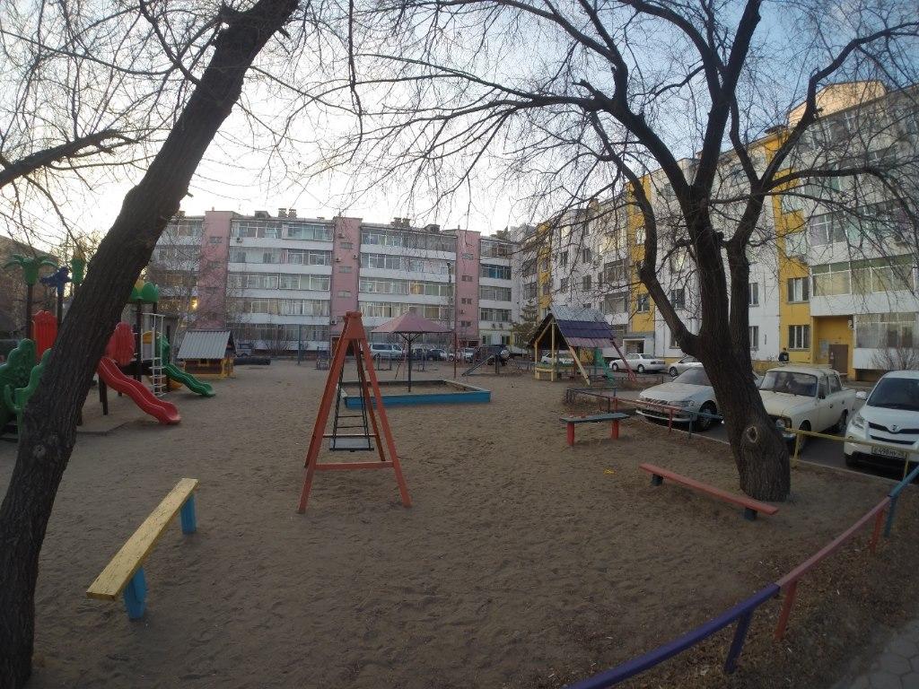 Продается двухкомнатная квартира за 4 200 000 рублей. обл Амурская, г Благовещенск, ул Горького.
