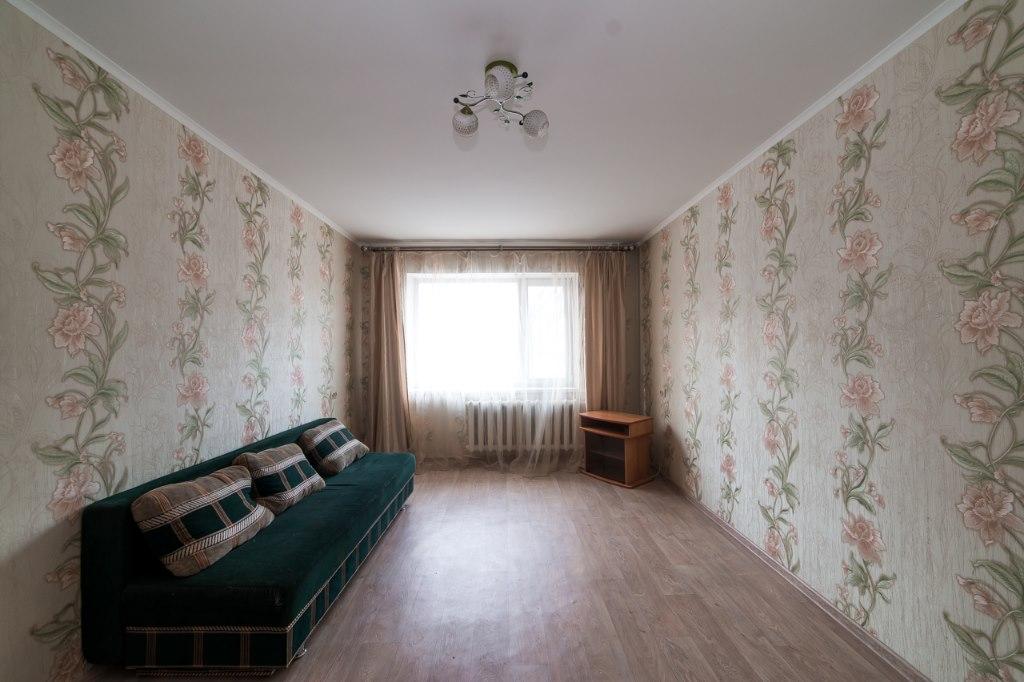 Продается двухкомнатная квартира за 3 350 000 рублей. г Благовещенск, ул Зейская, д 213/1.